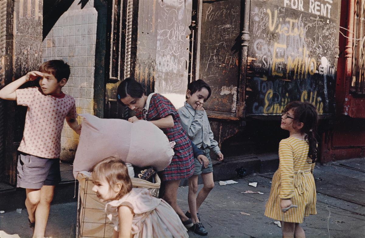 HELEN LEVITT (1913-2009) N.Y. (children playing).