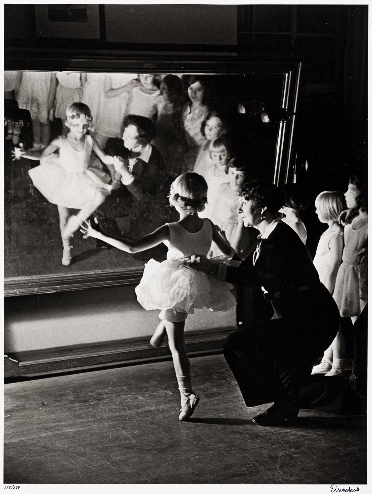 ALFRED-EISENSTAEDT-(1898-1995)-First-Lesson-at-the-Truempy-B