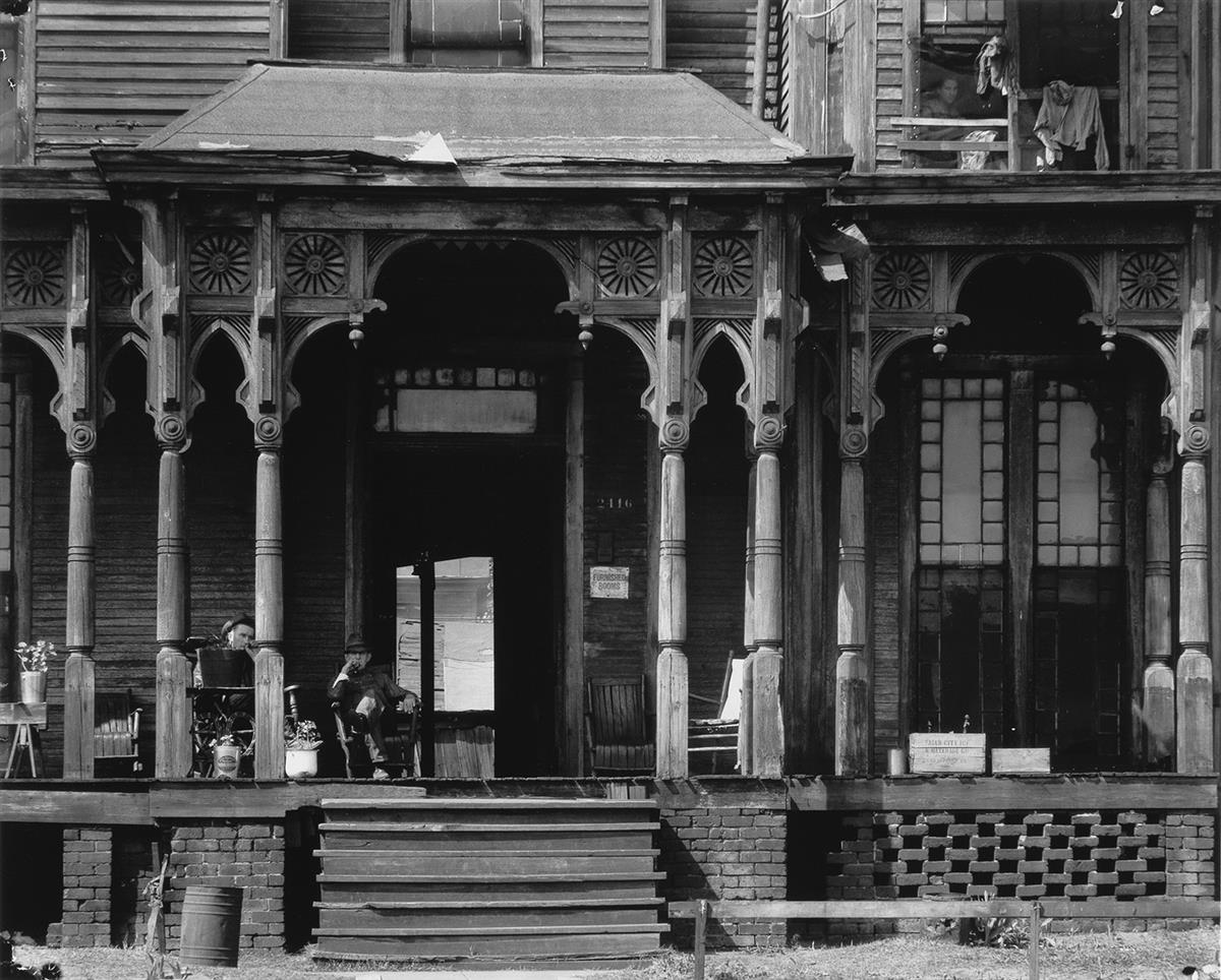 WALKER-EVANS-(1903-1975)-Birmingham-Boarding-House