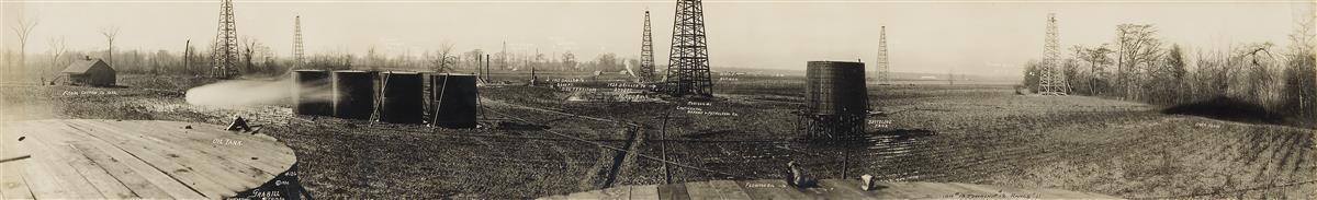 (LOUISIANA-OIL-INDUSTRY)-A-sprawling-panoramic-photograph-de