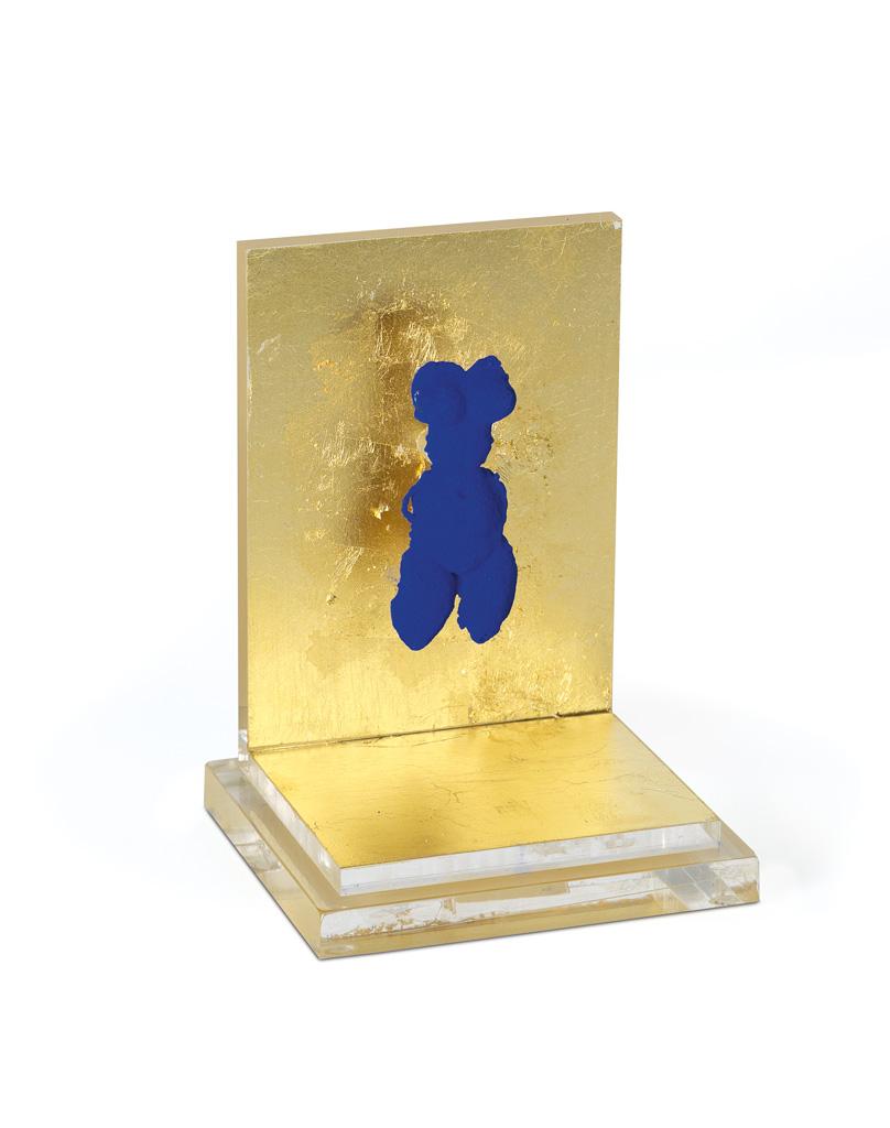 YVES KLEIN Petite Venus Bleue.