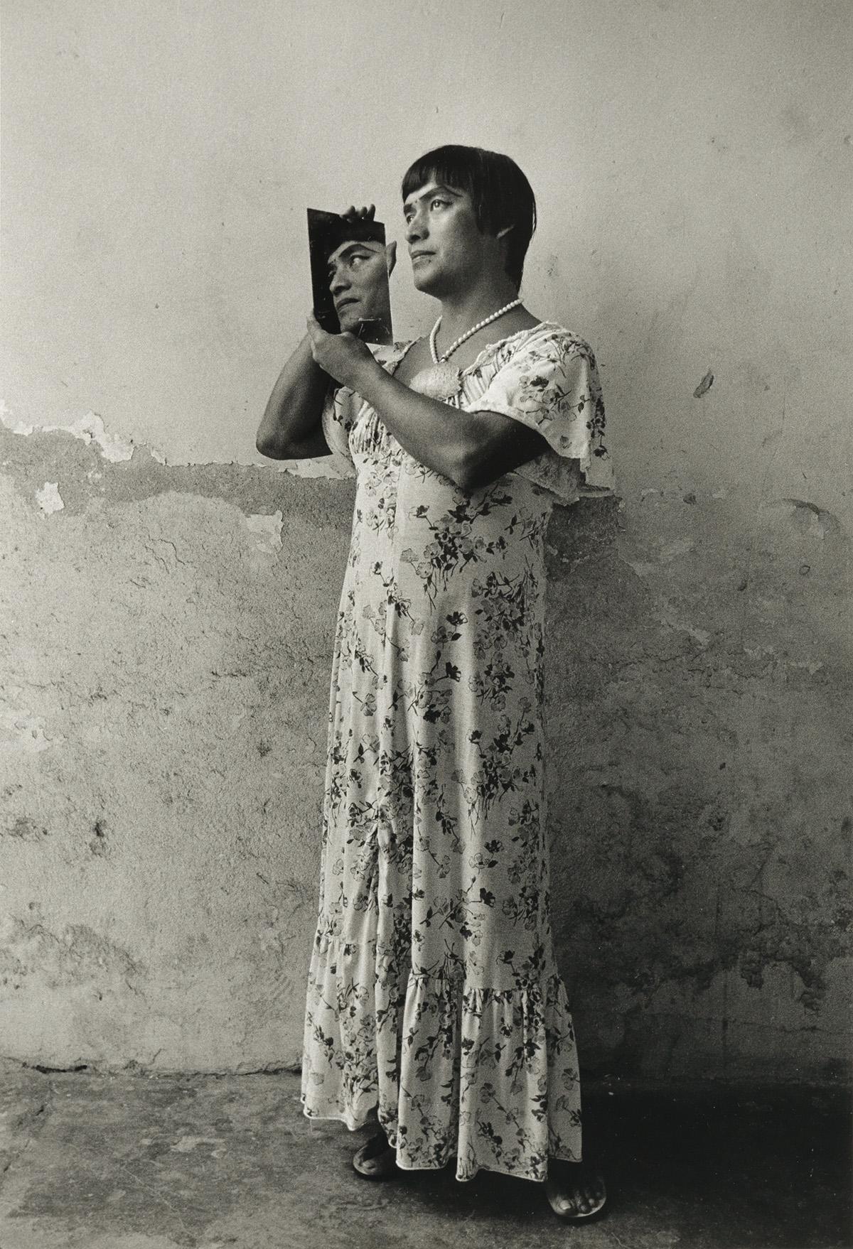 GRACIELA-ITURBIDE-(1942--)-Magnolia-Juchitan-Oaxaca