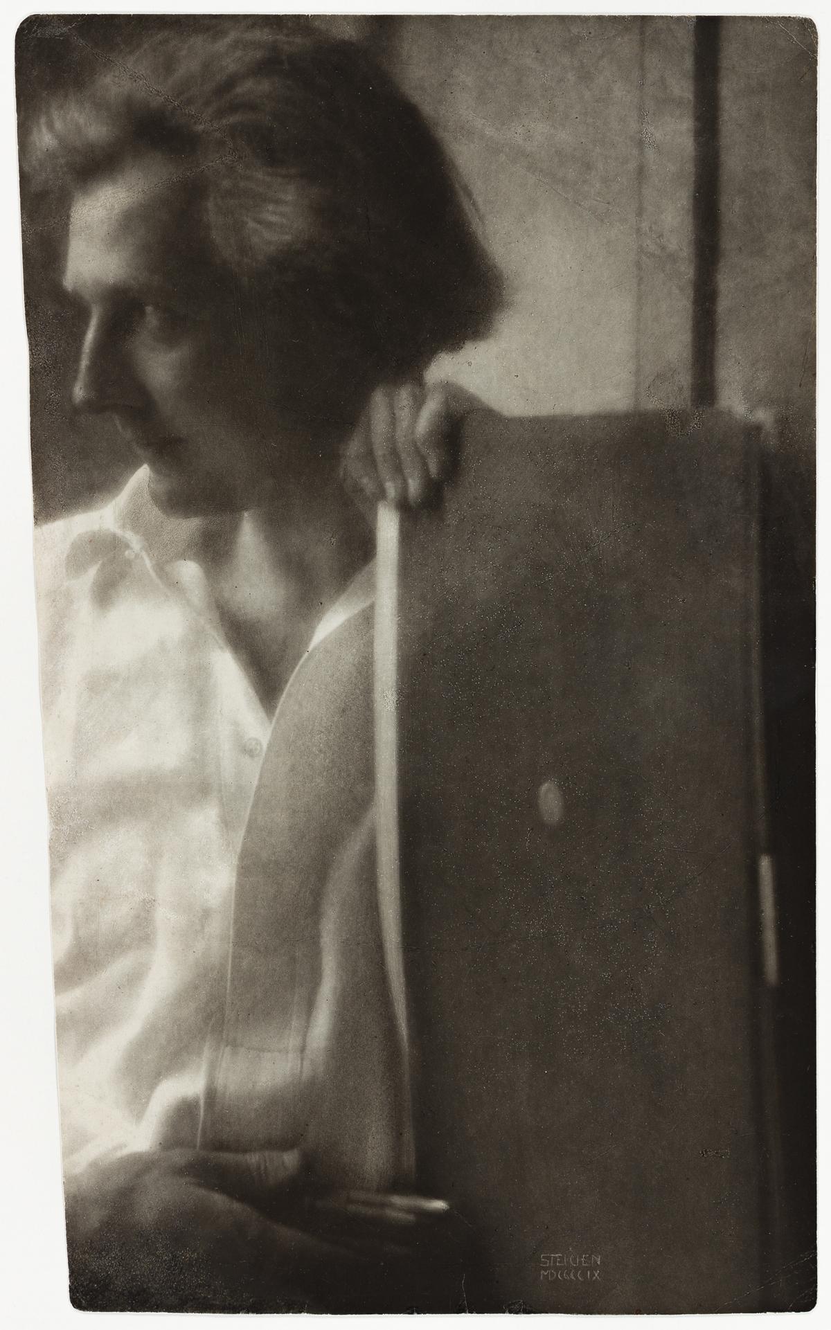 EDWARD STEICHEN (1879-1973) Portrait of Edward Gordon Craig.