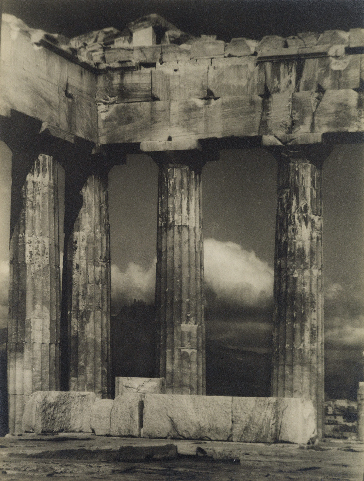 ARNOLD-GENTHE-(1869-1942)-The-Parthenon-Athens-Greece