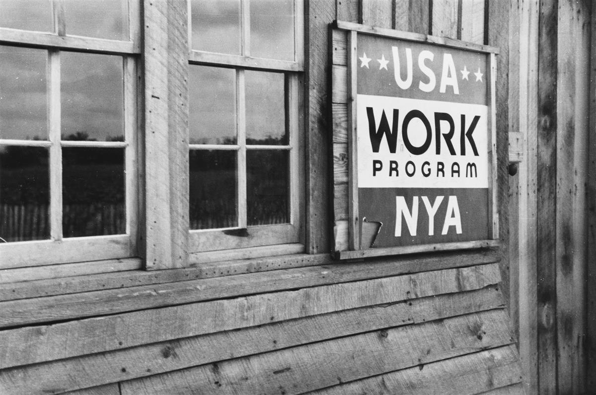 (FARM SECURITY ADMINISTRATION) A selection of 50 F.S.A. photographs, including work by Shahn, Parks, Evans, and Rothstein.