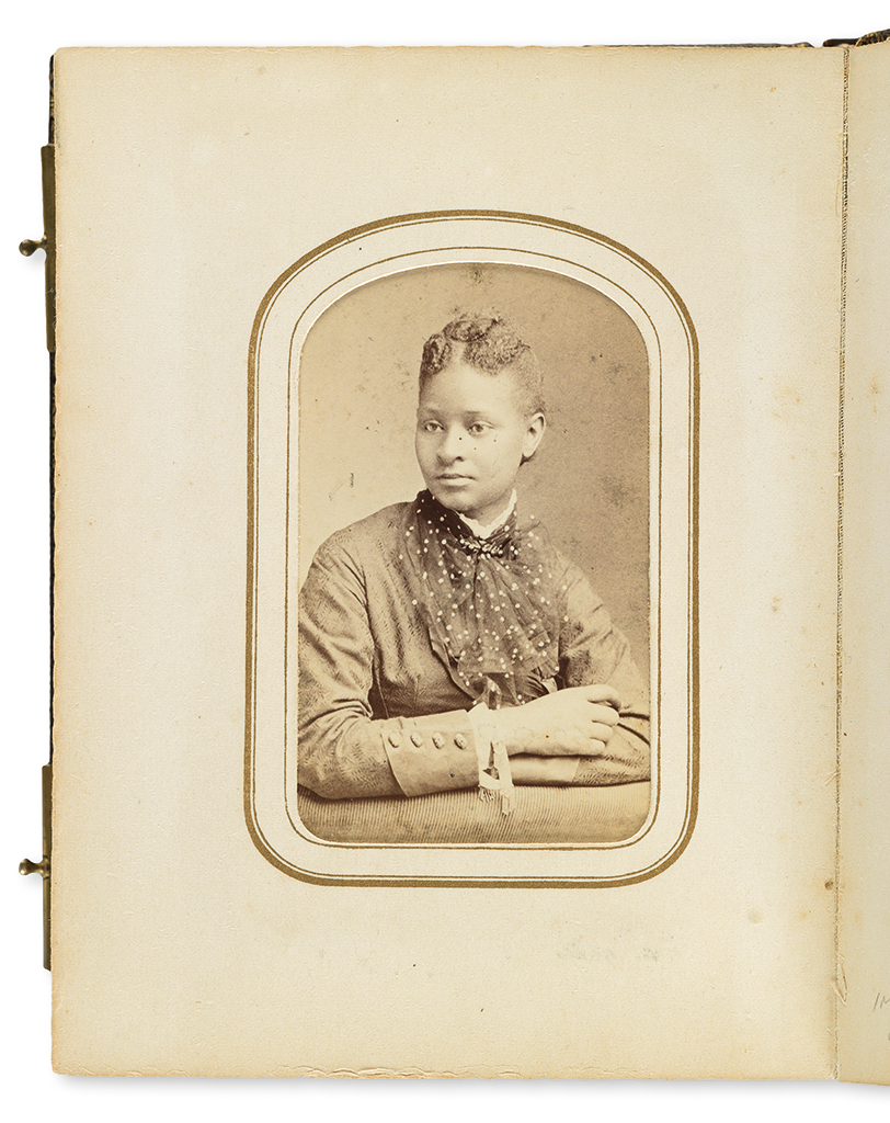 (SLAVERY-AND-ABOLITION)-PHOTOGRAPHY-Civil-War-period-carte-d