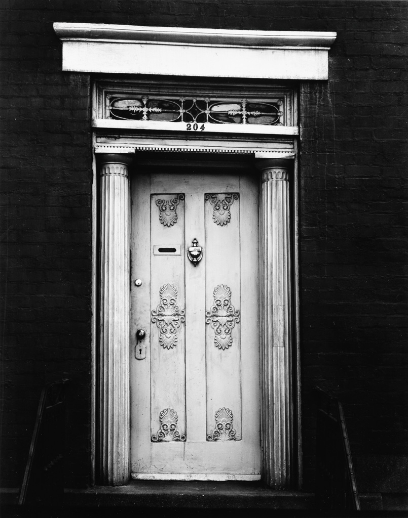 WALKER EVANS (1903-1975) A suite of 5 iconic photographs.