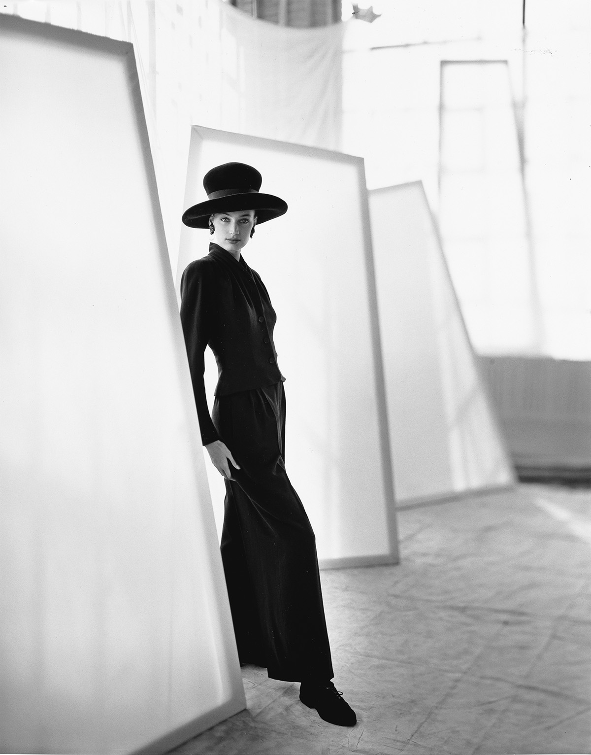 HORST-P-HORST-(1906-1999)-Model-with-scrims