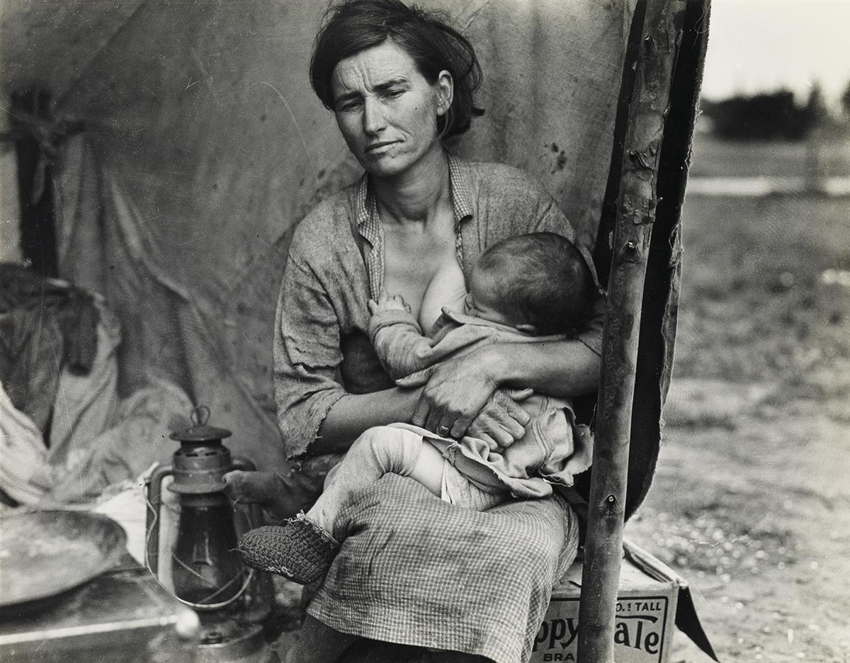 (DOROTHEA LANGE) (1895-1965) Migrant Mother (Florence Thompson) with child at her breast.