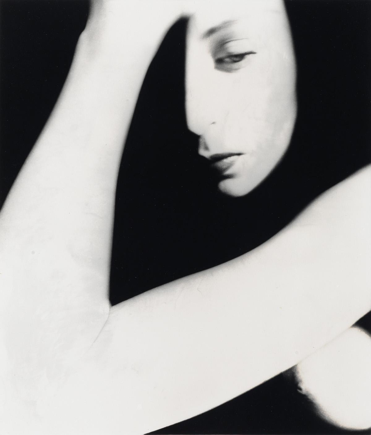BILL-BRANDT-(1904-1983)-Nude-(Bent-Elbow-London)