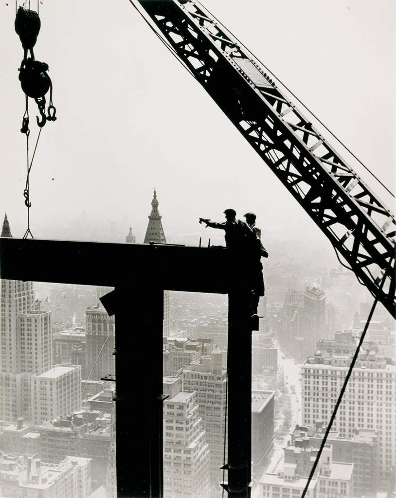 (LEWIS W. HINE) (1874-1940) Empire State Building.