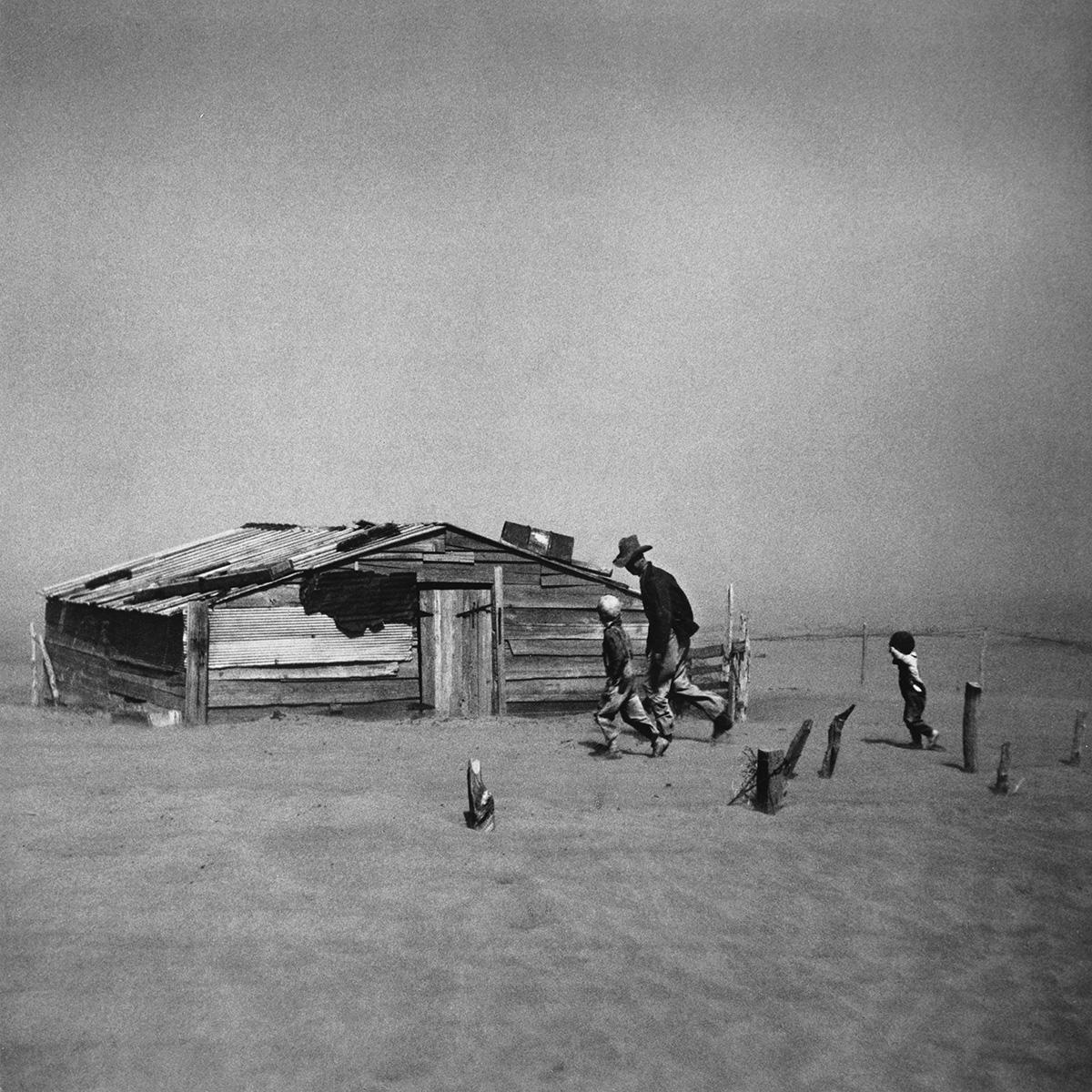ARTHUR-ROTHSTEIN-(1915-1985)-Dust-Storm-Cimarron-County-Okla