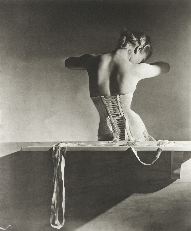 HORST P. HORST (1906-1999) Mainbocher Corset, Paris.