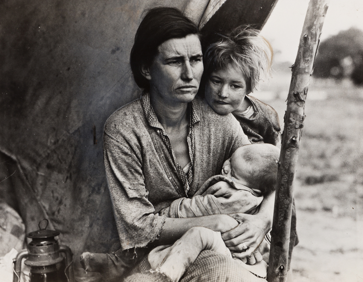 DOROTHEA LANGE (1895-1965) Migrant Mother (horizontal).
