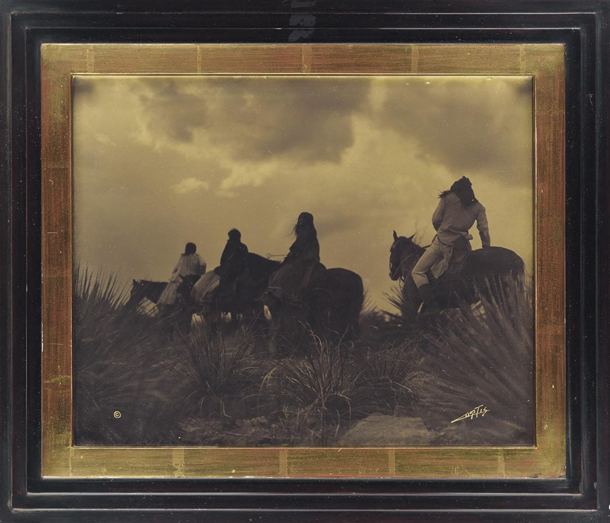 EDWARD-S-CURTIS-(1868-1952)-Before-the-Storm-(Apache)