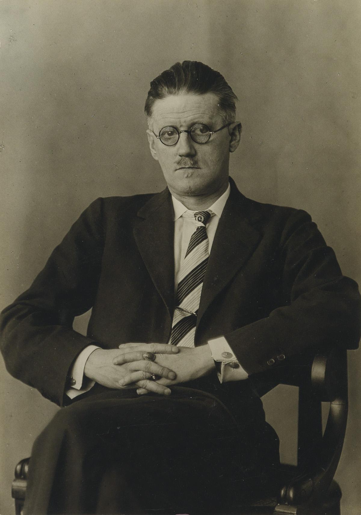 BERENICE ABBOTT (1898-1991) James Joyce.