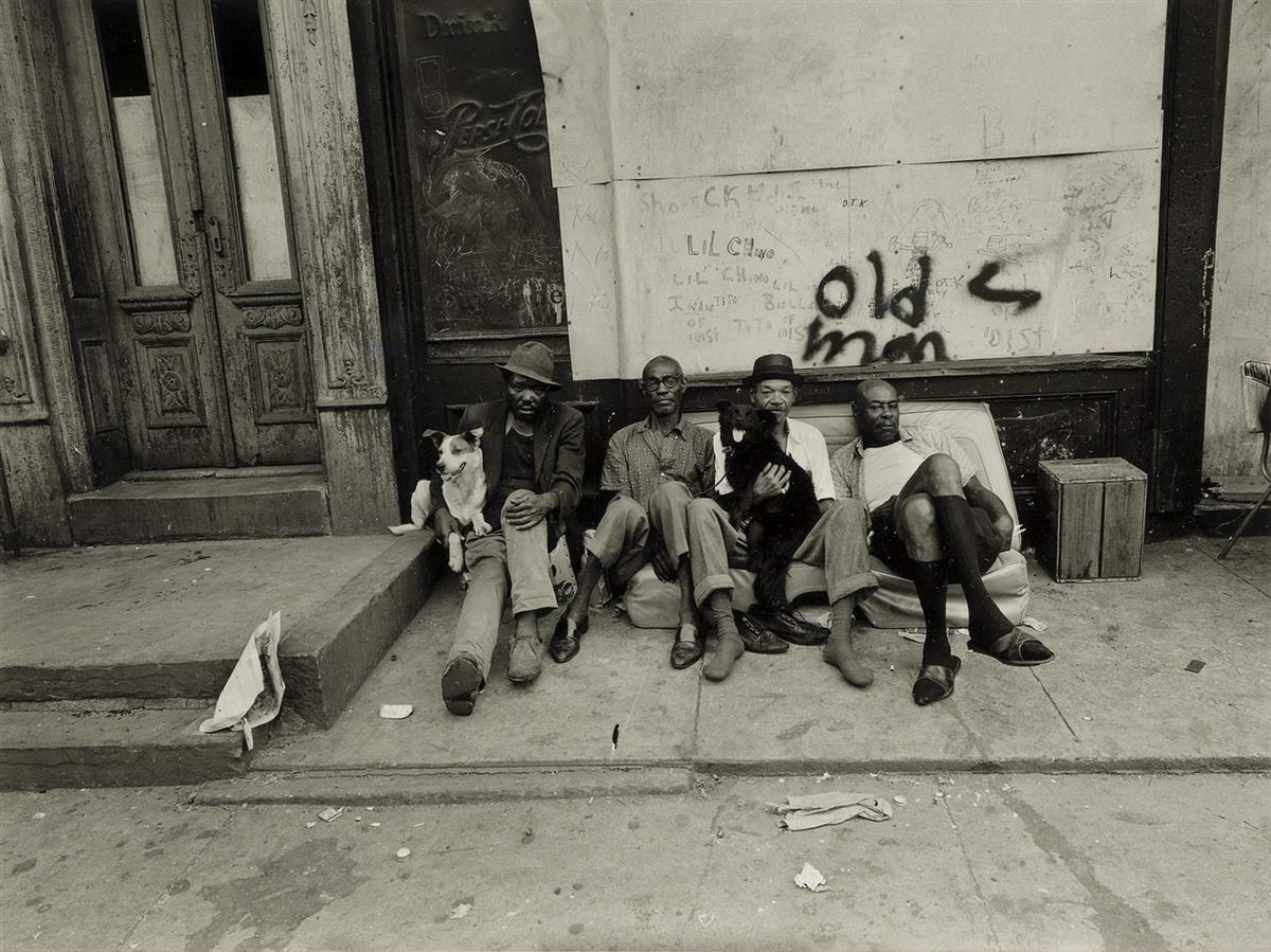 BRUCE-DAVIDSON-(1933--)-East-100th-Street-NY