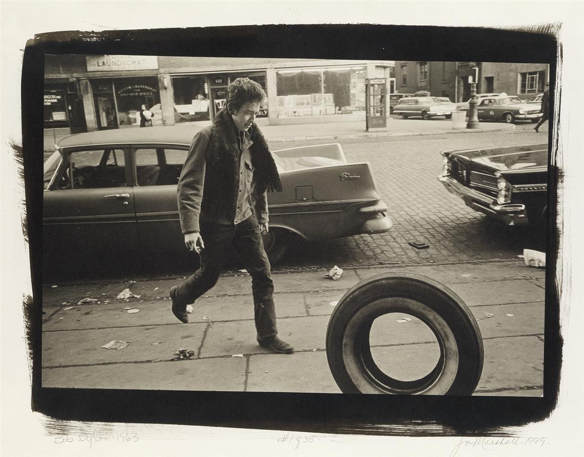 JIM-MARSHALL-(1936-2010)-Bob-Dylan-Kicking-Tire-New-York-Cit