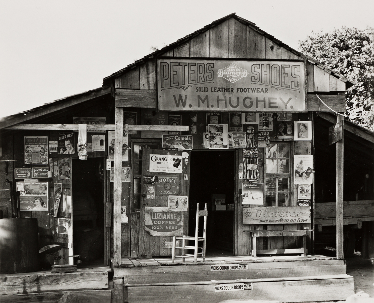 WALKER EVANS (1903-1975) Country store near Moundville, Alabama, Summer.