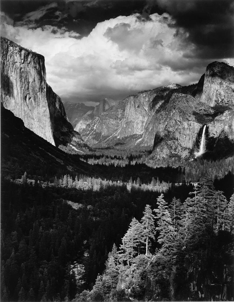 ANSEL ADAMS. Yosemite and the Range of Light.