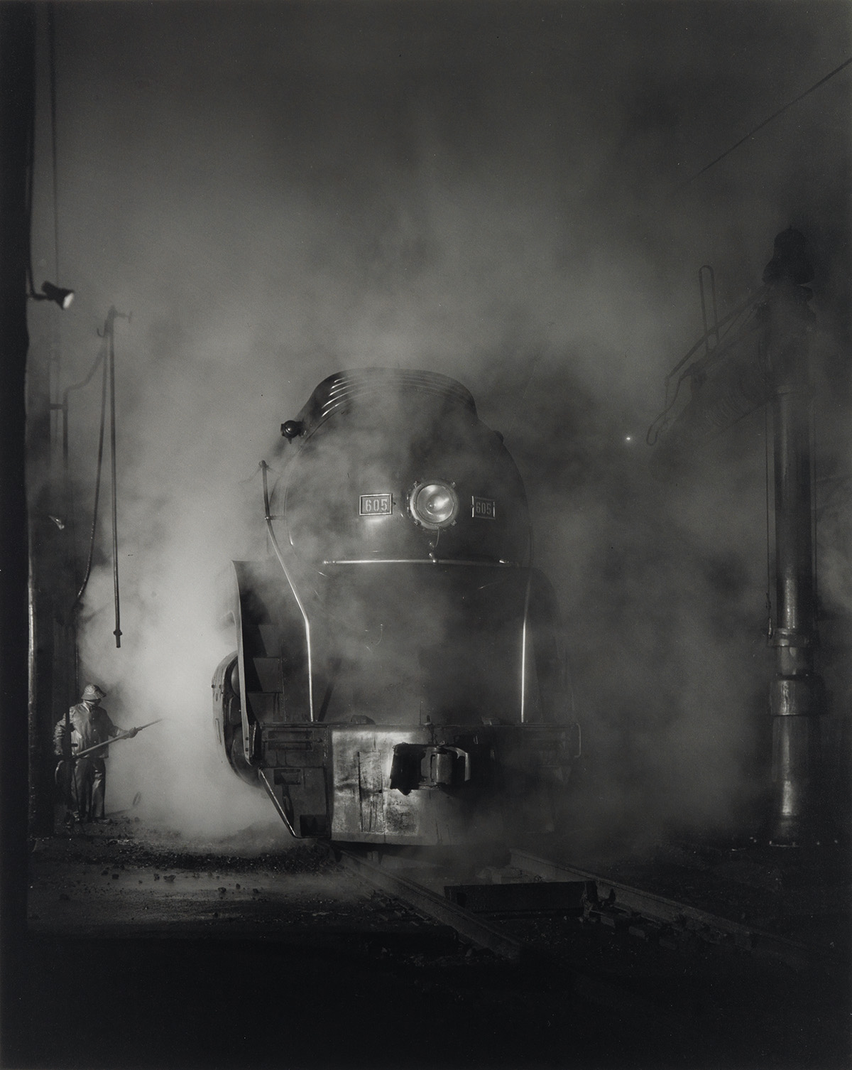 O-WINSTON-LINK-(1914-2001)-Washing-J-Class-605-at-Schaeffers