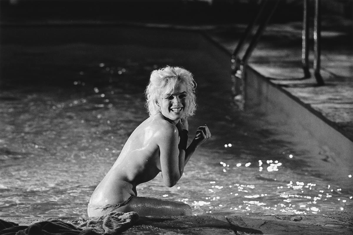 LAWRENCE-SCHILLER-(1936--)-Portfolio-entitled-Marilyn-12