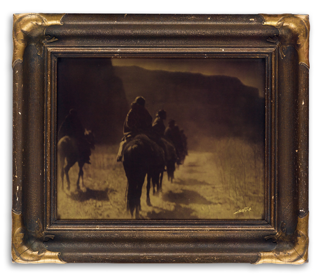 EDWARD-S-CURTIS-(1868-1952)-The-Vanishing-Race