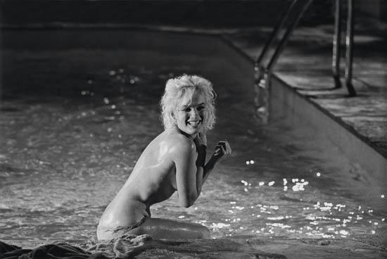 SCHILLER-LAWRENCE-(1936--)-Marilyn-Monroe-on-the-set-of-Some