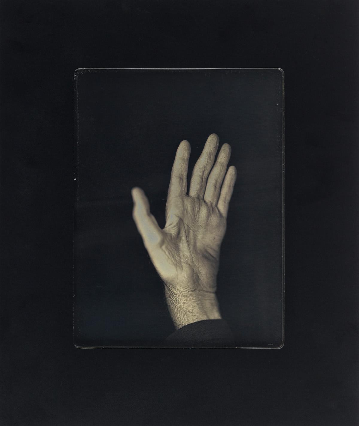 CHUCK CLOSE (1940- ) Hand II.