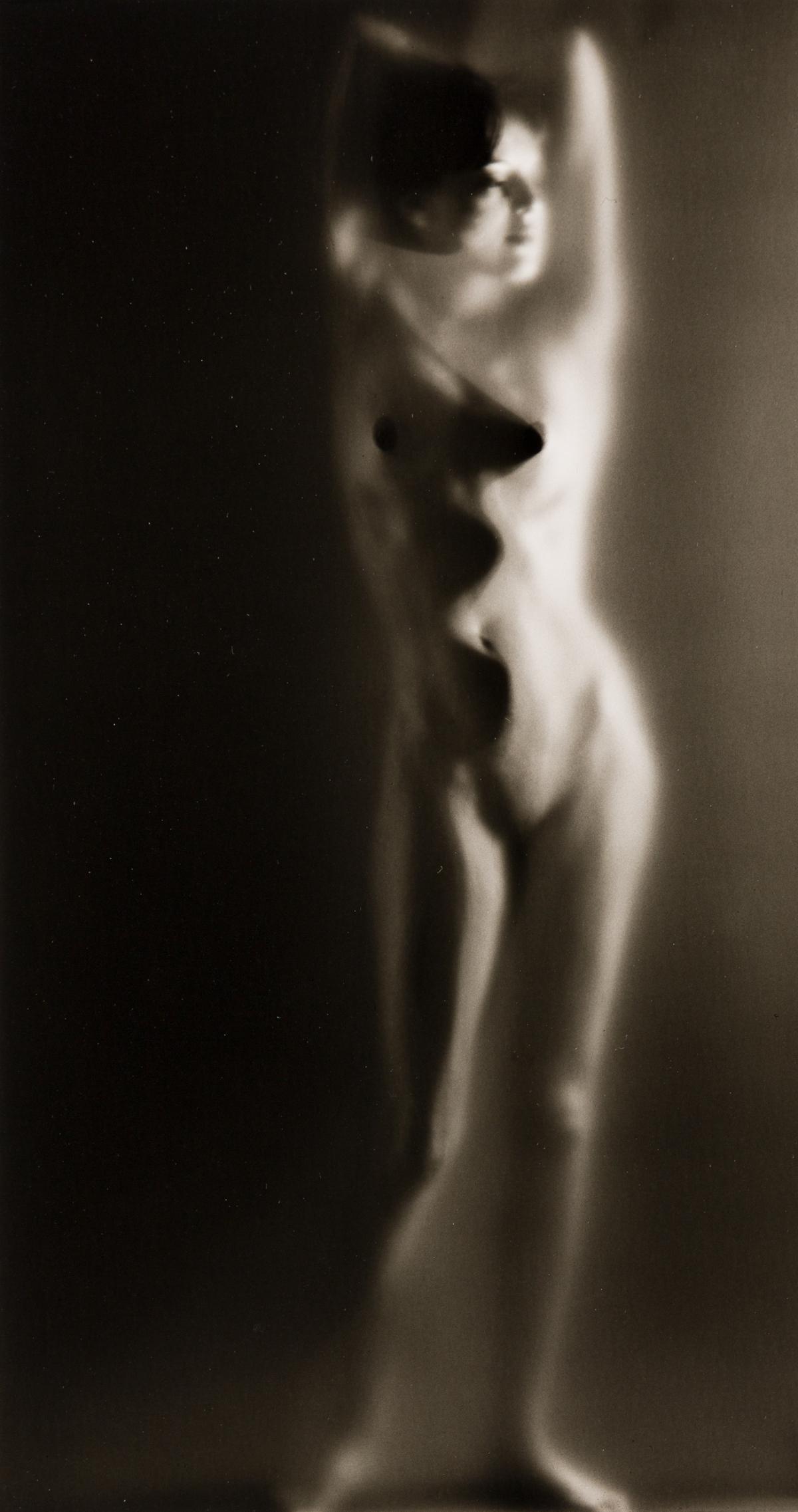 RUTH-BERNHARD-(1905-2006)-Luminous-Body