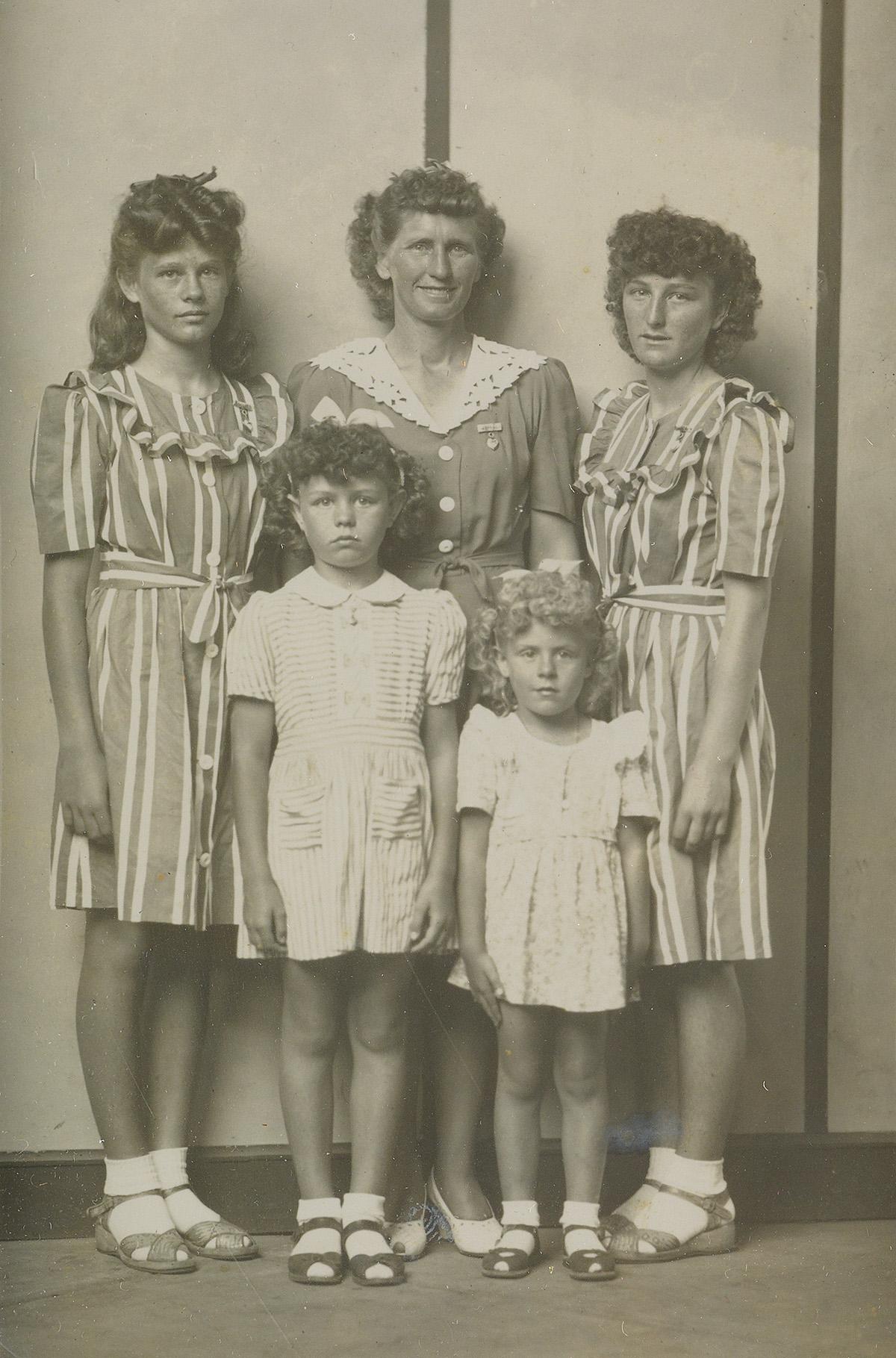 MIKE-DISFARMER-(1884-1959)-Liles-Family