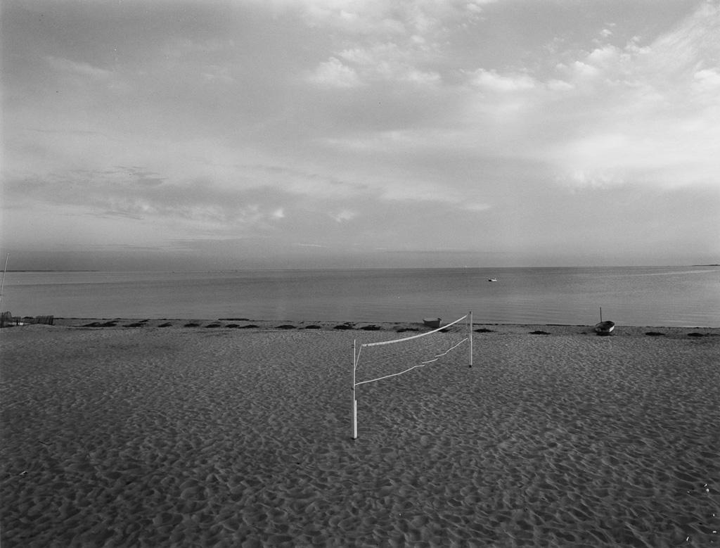 HARRY-CALLAHAN-(1912-1999)-Cape-Cod-(volleyball-net)