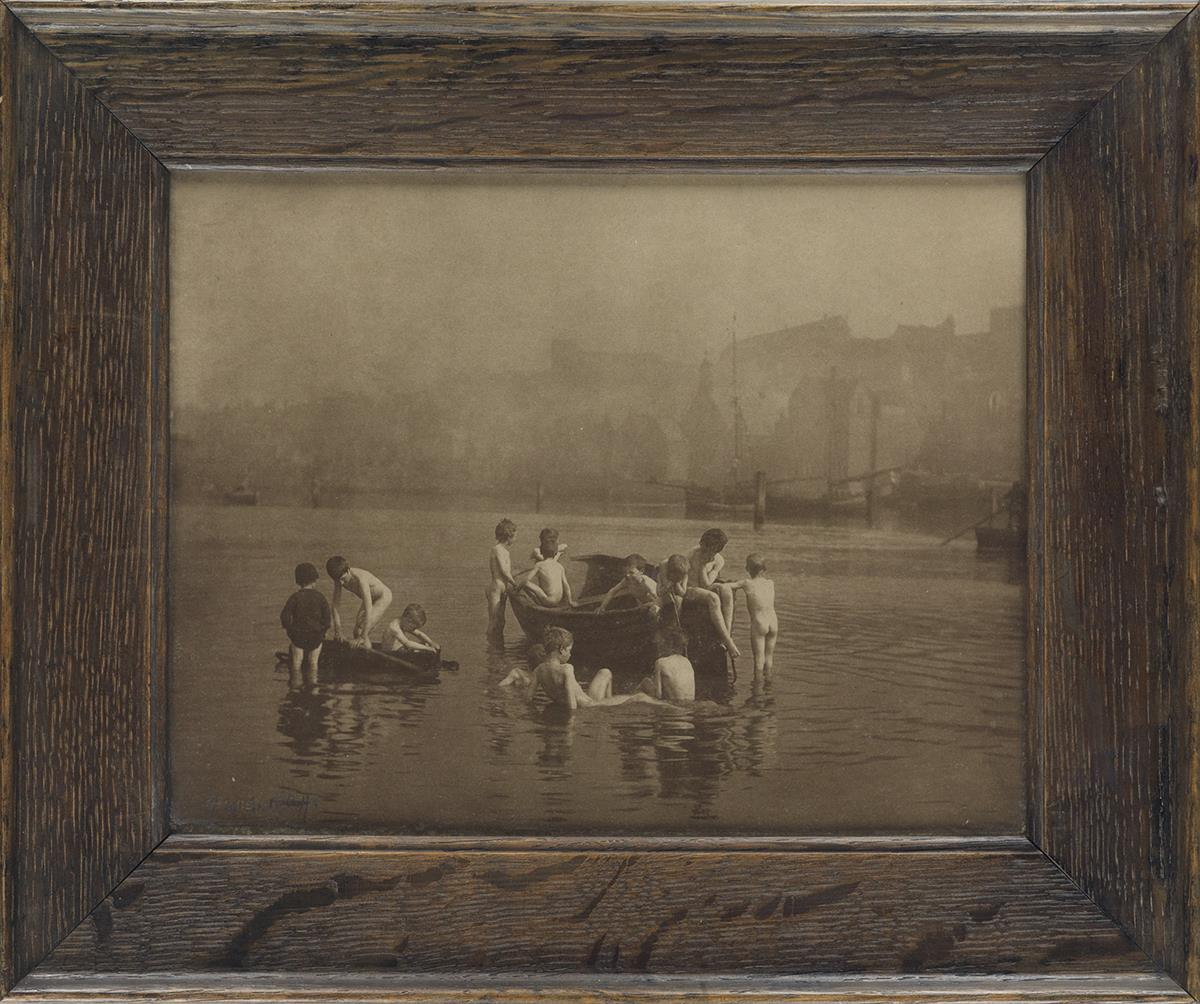 FRANK-MEADOW-SUTCLIFFE-(1853-1941)-Water-Rats