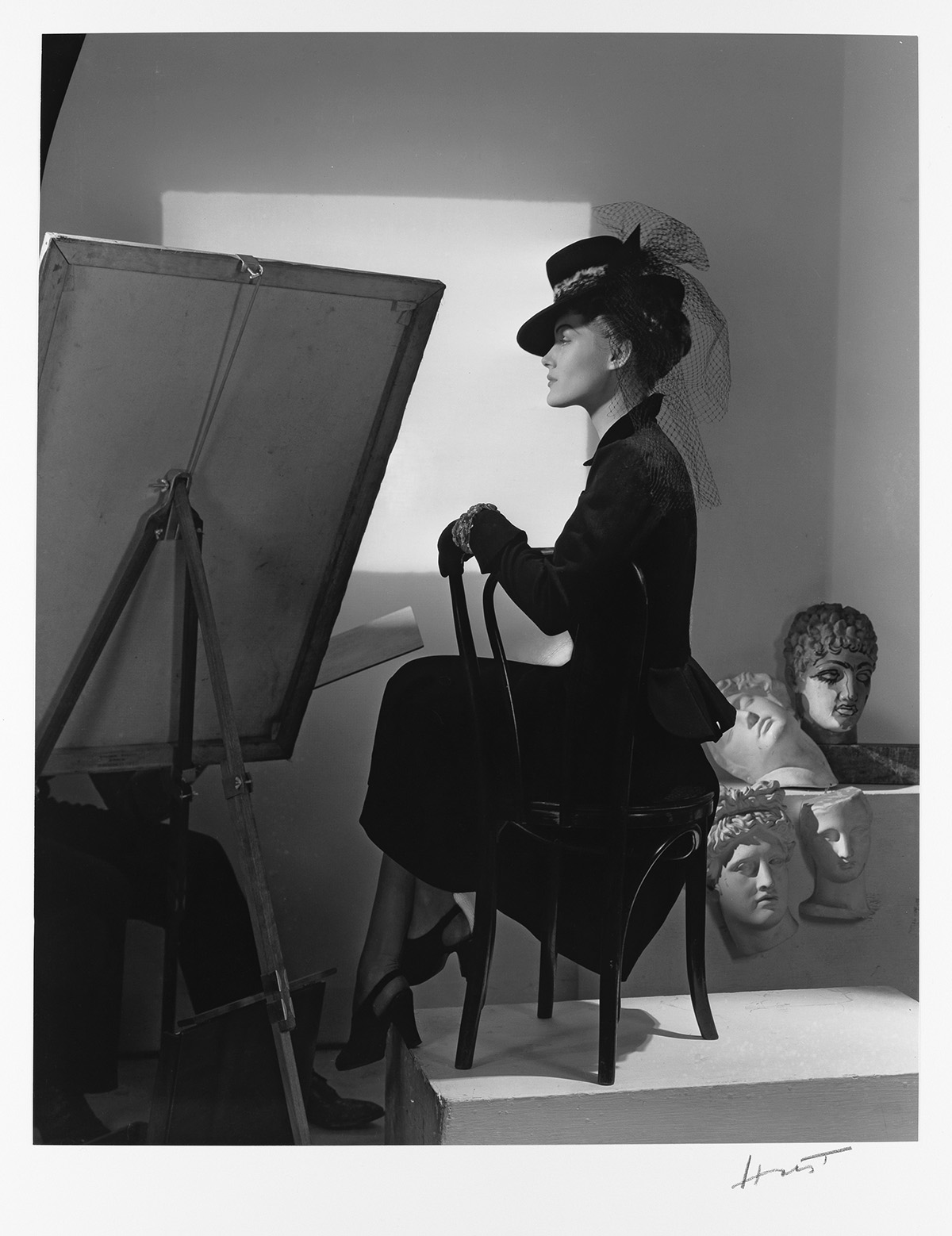 HORST-P-HORST-(1906-1999)-Estrella-Boissevain-Fashion-Shot-N