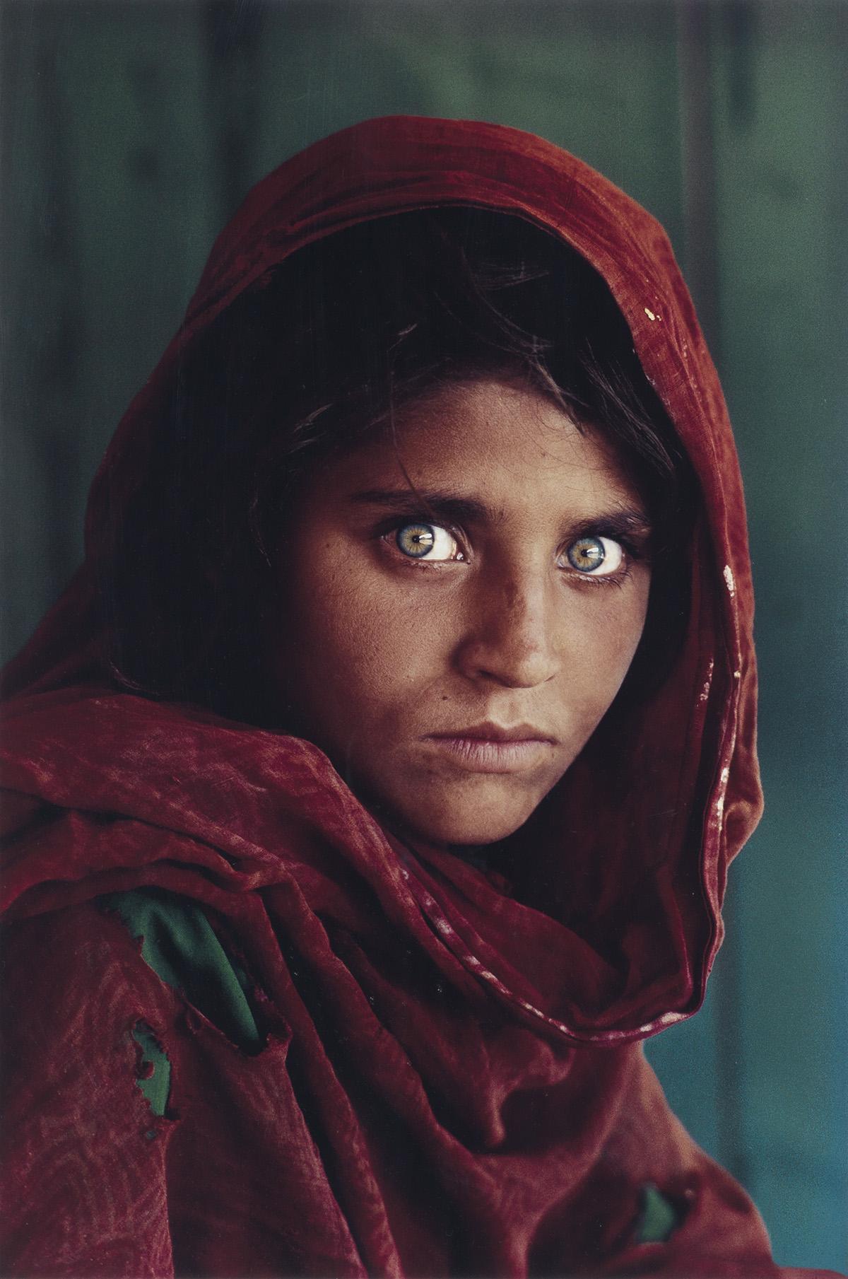 STEVE MCCURRY (1950- ) Afghan Girl (Sharbat Gula).