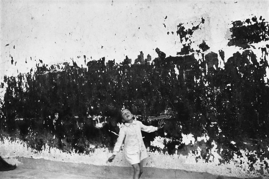 HENRI CARTIER-BRESSON (1908-2004) Valencia, Spain.