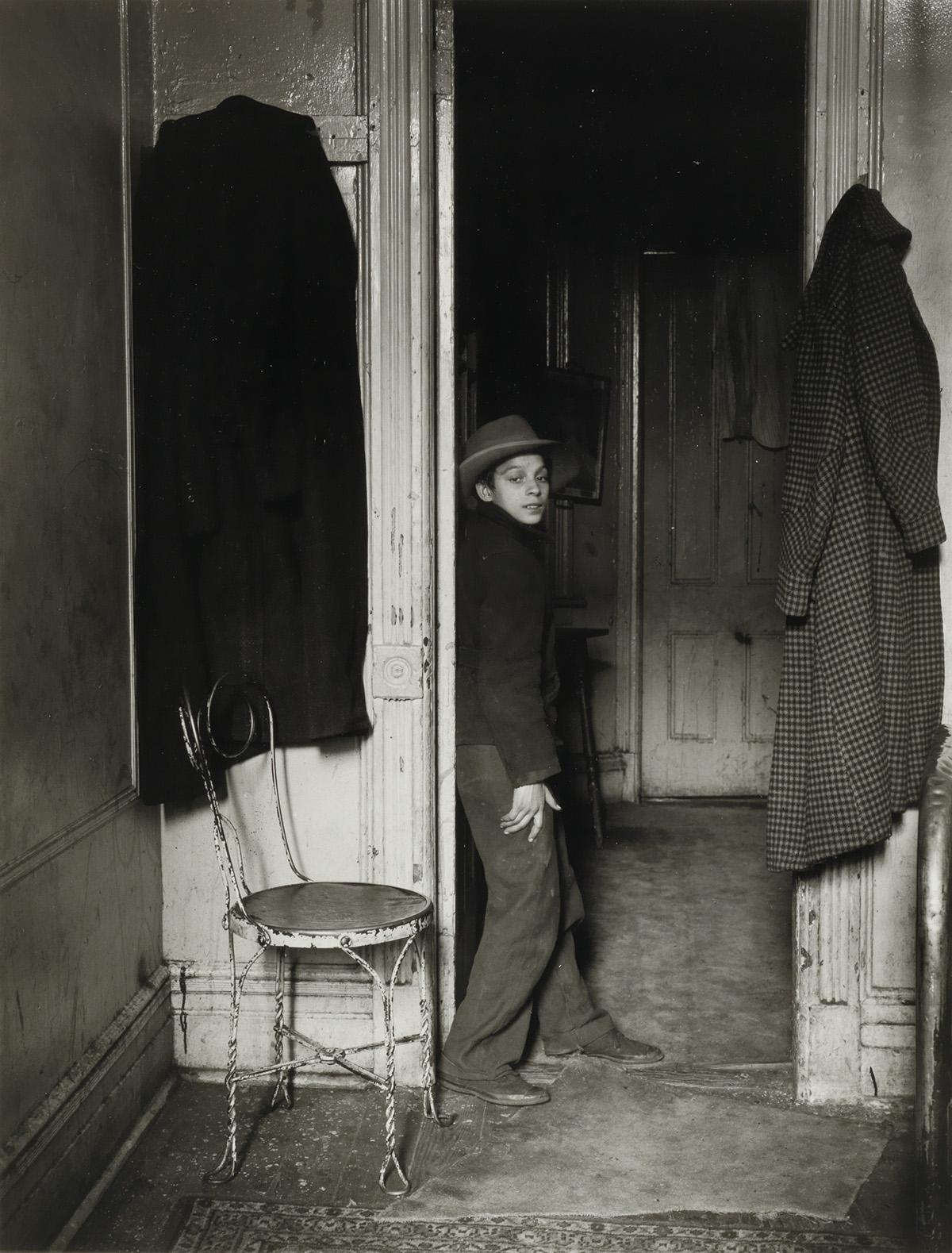 HELEN LEVITT (1913-2009) N.Y. (Gypsy boy, East Harlem).