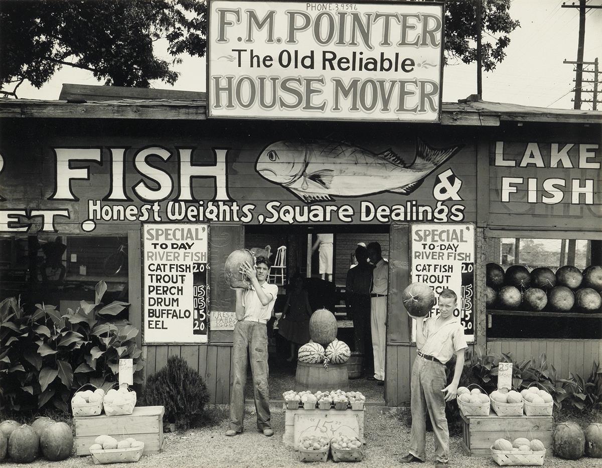 WALKER-EVANS-(1903-1975)-Roadside-Stand-Birmingham-AL