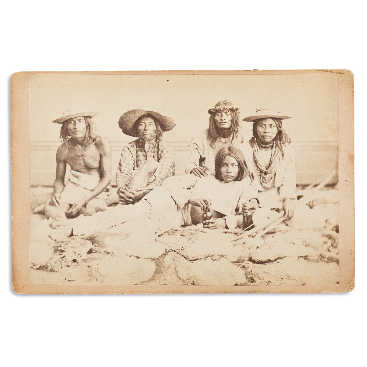 (AMERICAN-INDIANS--PHOTOGRAPHS)-Cabinet-card-of-5-Seris-from