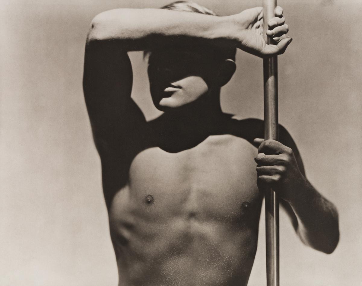 GEORGE HOYNINGEN-HUENE (1900-1968) Horst Torso, Paris.