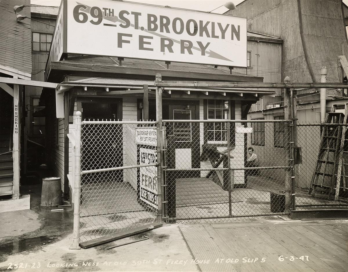 (NEW-YORK--MARITIME-CONSTRUCTION)-Album-entitled-St-George-F