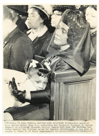 SLEET-MONETA-J-JR-(1926-1996)-Pultizer-prize-winning-photo-o