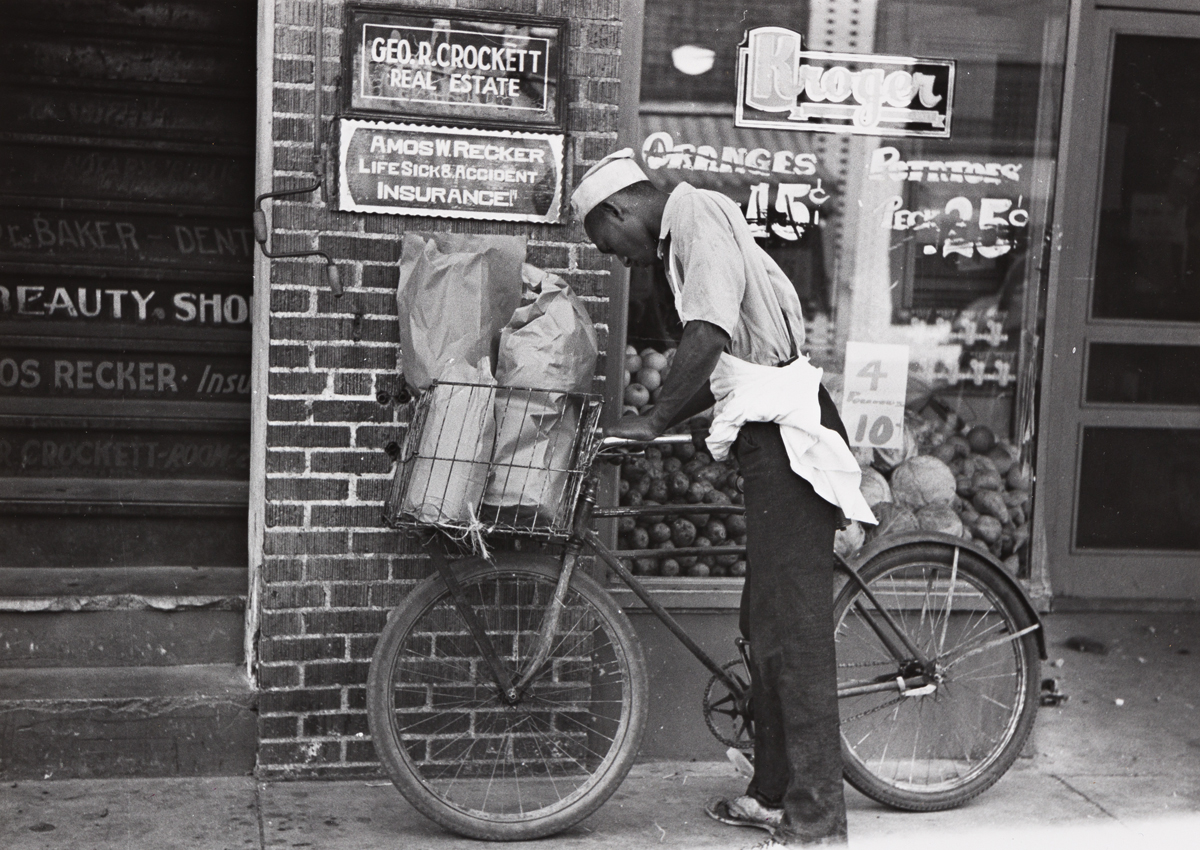 (FSA) A selection of 8 photographs by Arthur Rothstein, Jack Delano, and Russell Lee.