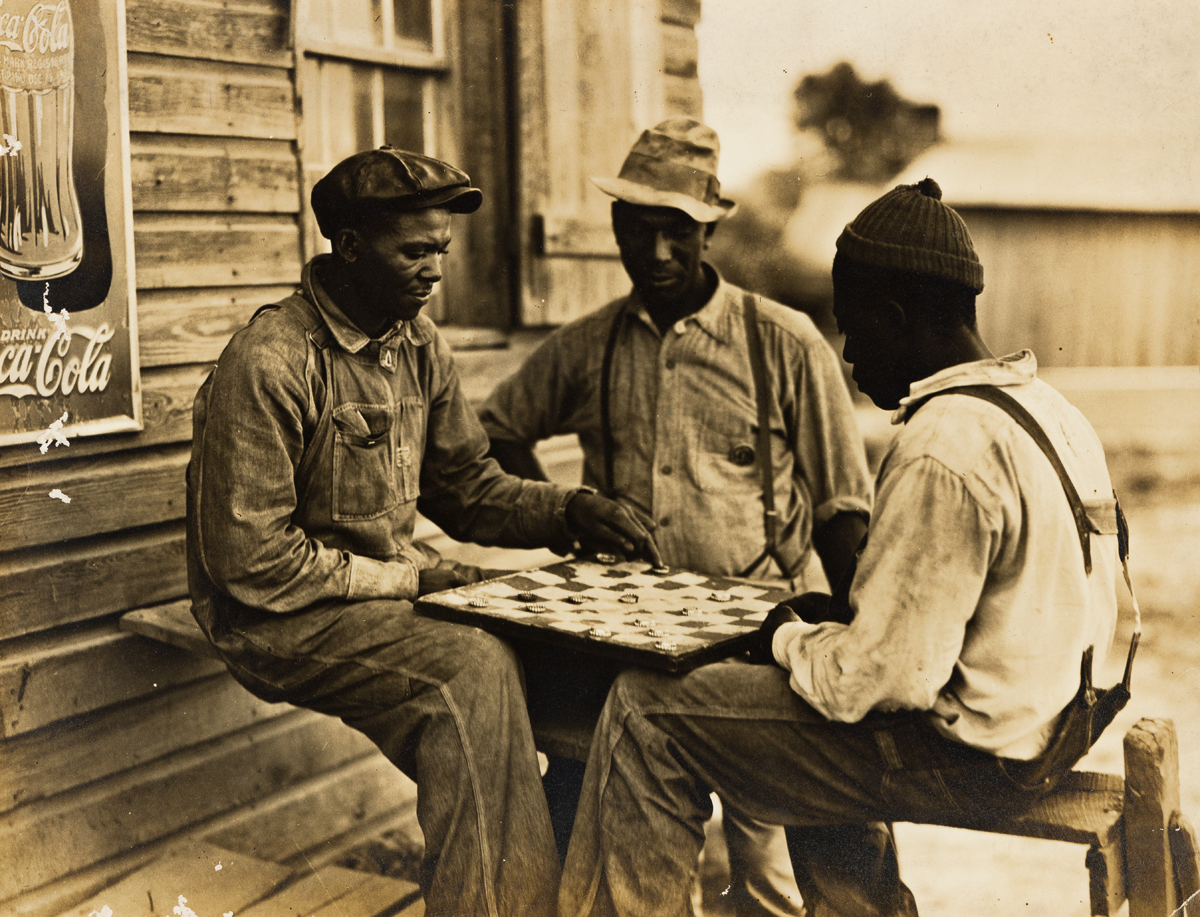CHARLES KRUTCH (1887-1981) Men playing checkers, Red Bank, Tennessee, for the Tennessee Valley Authority.
