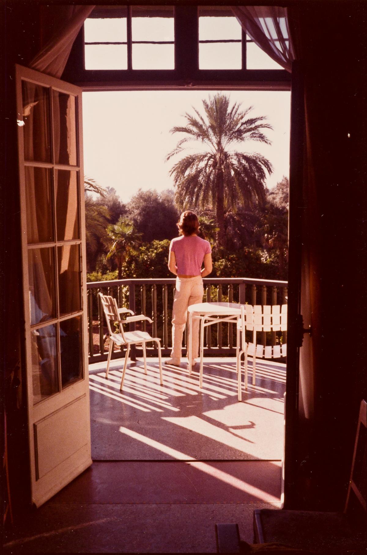 DAVID HOCKNEY (1937 - ) Peter Schlesinger on the balcony.