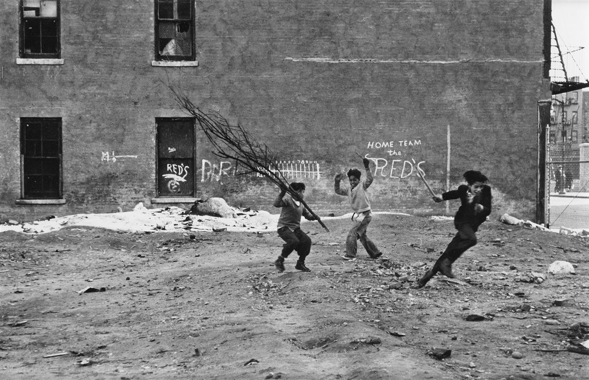 HELEN LEVITT (1913-2009) N.Y. (home team).