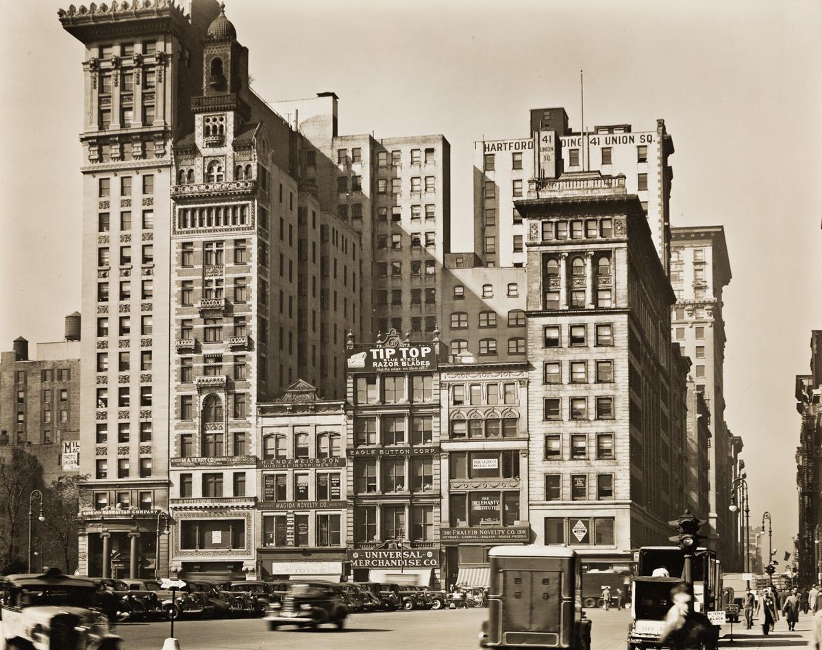 BERENICE ABBOTT (1898-1991) Union Square West, Nos. 31-41.