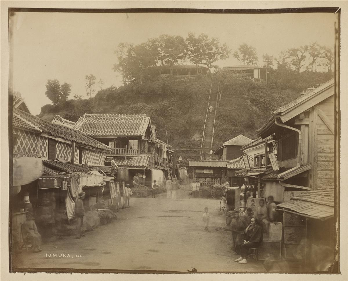 (JAPAN--STILLFRIED--ANDERSEN-et-alia)-Album-with-50-unusuall