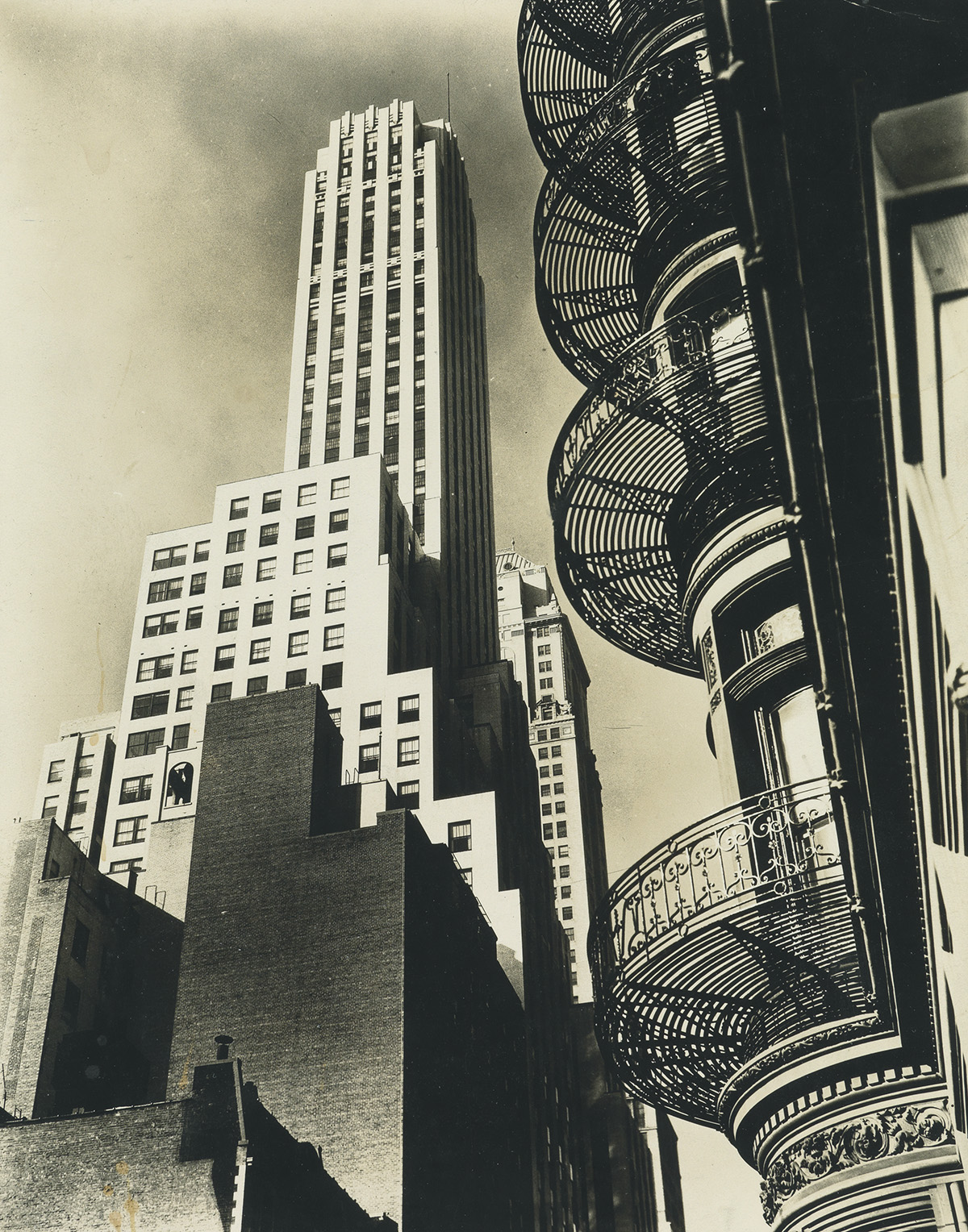 BERENICE ABBOTT (1898-1991) Group of 14 photographs depicting scenes of Manhattan from Abbotts iconic Changing New York series.