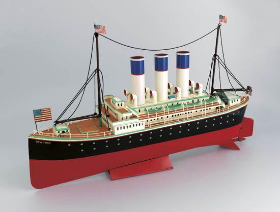 (AMERICAN LINE.) New York. Metal full hull model of the ship,